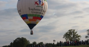 TSE Balloon 27Aug2015